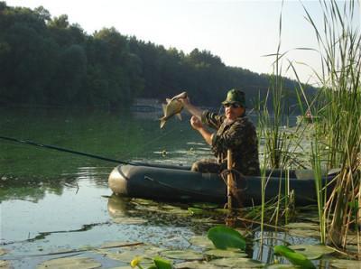 Ловля леща с лодки на кольцо или яйца: прикармливание